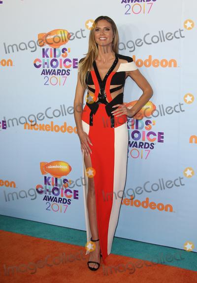 Heidi Klum Photo - 11 March 2017 -  Los Angeles, California - Heidi Klum. Nickelodeon's Kids' Choice Awards 2017 held at USC Galen Center. Photo Credit: Faye Sadou/AdMedia