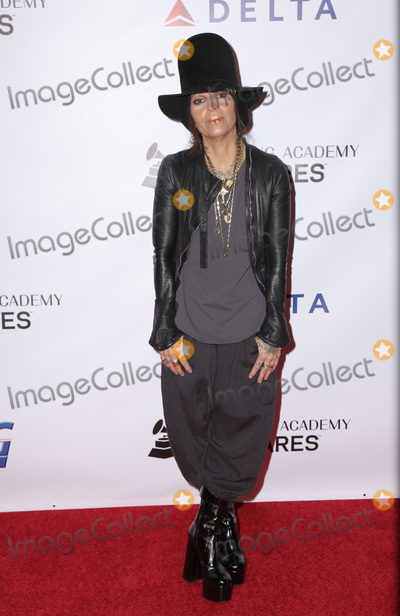 Linda Perry, Dolly Parton Photo - 08 February 2019 - Los Angeles California - Linda Perry. MusiCares Person Of The Year Honoring Dolly Parton held at Los Angeles Convention Center. Photo Credit: PMA/AdMedia