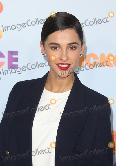 Naomi Scott Photo - 11 March 2017 -  Los Angeles, California - Naomi Scott. Nickelodeon's Kids' Choice Awards 2017 held at USC Galen Center. Photo Credit: Faye Sadou/AdMedia