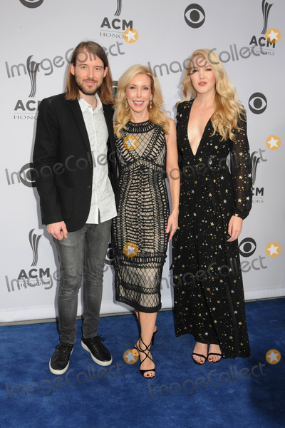 Kim Campbell, Ashley Campbell Photo - 23 August 2017 - Nashville, Tennessee - Ashley Campbell, Cal Campbell, Kim Campbell. 11th Annual ACM Honors at the Ryman Auditorium. Photo Credit: Dara-Michelle Farr/AdMedia