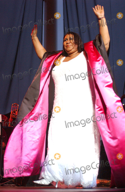 Aretha Franklin, Queen Photo - 16 August 2018 - 1942  Aretha Franklin, the 'Queen of Soul,' Dies at 76. File Photo: Jul 27, 2003; Cleveland, OH, USA; Singer ARETHA FRANKLIN performs at the Scene Pavilion in Cleveland, Ohio.Photo Credit: Laura Farr/AdMedia