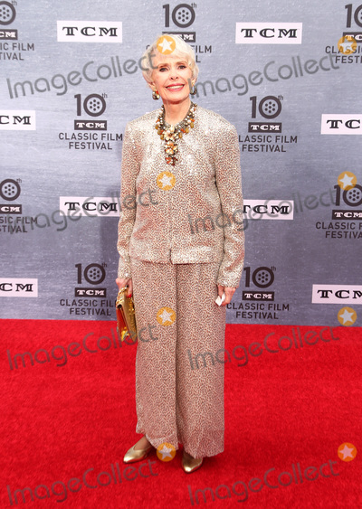 "Barbara Rush, Rush, TCL Chinese Theatre Photo - 11 April 2019 - Hollywood, California - . 2019 TCM Classic Film Festival Opening Night Gala And 30th Anniversary Screening Of ""When Harry Met Sally"" held at TCL Chinese Theatre. Photo Credit: Faye Sadou/AdMedia11 April 2019 - Hollywood, California - Barbara Rush. 2019 TCM Classic Film Festival Opening Night Gala And 30th Anniversary Screening Of ""When Harry Met Sally"" held at TCL Chinese Theatre. Photo Credit: Faye Sadou/AdMedia"