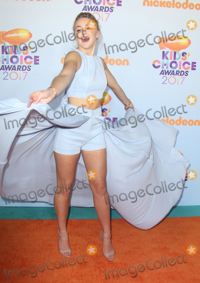 Chloe Lukasiak Photo - 11 March 2017 -  Los Angeles, California - Chloe Lukasiak. Nickelodeon's Kids' Choice Awards 2017 held at USC Galen Center. Photo Credit: Faye Sadou/AdMedia