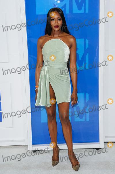 Naomi Campbell Photo - 28 August 2016 - New York, New York - Naomi Campbell.  2016 MTV Video Music Awards at Madison Square Garden. Photo Credit: Mario Santoro /AdMedia