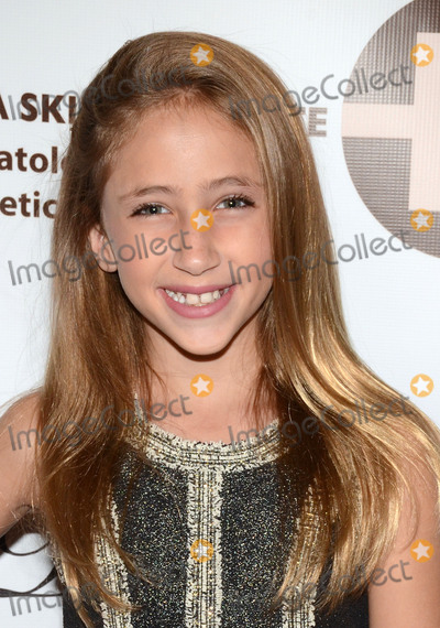 Ava Kolker, Four Seasons, The Four Seasons Photo - 22 October 2017 - Westlake Village, California - AVA KOLKER. 12th Annual Denim, Diamonds & Stars for Kids With Autism held at the Four Seasons Hotel. Photo Credit: Billy Bennight/AdMedia