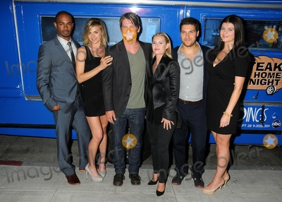 """Casey Wilson, Damon Wayans, Damon Wayans Jr, Damon Wayans Jr., Damon Wayans, Jr, Damon Wayans, Jr., Elisha Cuthbert, Eliza Coupe, Zachary Knighton, Adam Pally Photo - 29 August 2011 - Beverly Hills, California - Damon Wayans Jr., Eliza Coupe, Zachary Knighton, Elisha Cuthbert, Adam Pally and Casey Wilson. The Paley Center Hosts An Evening With """"Happy Endings"""" held at The Paley Center for Media. Photo Credit: Byron Purvis/AdMedia"""