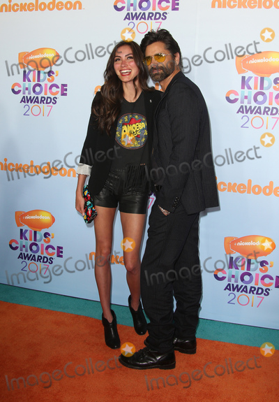 John Stamos Photo - 11 March 2017 -  Los Angeles, California - John Stamos, Caitlin McHugh. Nickelodeon's Kids' Choice Awards 2017 held at USC Galen Center. Photo Credit: Faye Sadou/AdMedia