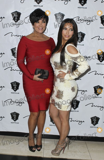 Rob- Kardashian, Rob Kardashian, Kris Jenner, Kim Kardashian Photo - 16 March 2012 - Las Vegas, Nevada - Kris Jenner, Kim Kardashian.  Rob Kardashian celebrates his birthday at 1 OAK Nightclub at the Mirage.  Photo Credit: MJT/AdMedia