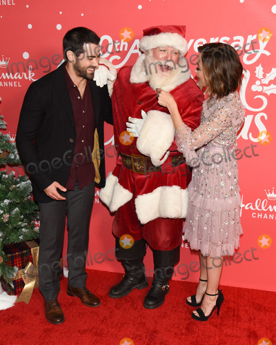 Autumn Reeser, Jesse Metcalfe, Jesse Metcalf Photo - 20 November 2019 - Hollywood, California - Autumn Reeser, Jesse Metcalf. Hallmark Channels 10th Anniversary Countdown to Christmas - Christmas Under the Stars Screening and Party. Photo Credit: Billy Bennight/AdMedia