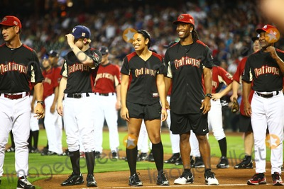 Larry Fitzgerald's charity softball game is Saturday