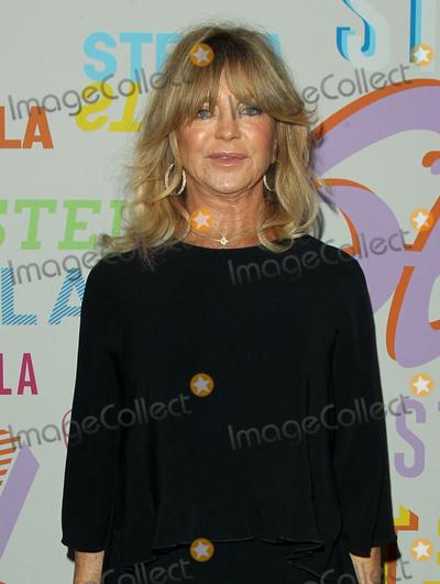 Goldie Hawn, Goldie Photo - 16 January 2018 - Pasadena, California - Goldie Hawn. Stella McCartney Autumn 2018 Presentation held at S.I.R. Studios in Los Angeles. Photo Credit: AdMedia