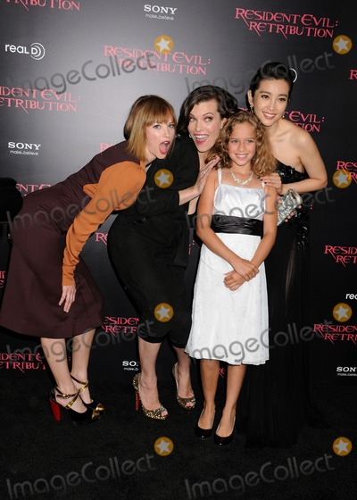 "Li Bingbing, Milla Jovovich, Sienna Guillory, Aryana Engineer Photo - 12 September 2012 - Los Angeles, California - Sienna Guillory, Aryana Engineer, Milla Jovovich, Li Bingbing. ""Resident Evil: Retribution"" Los Angeles Premiere held at Regal Cinemas L.A. Live. Photo Credit: Byron Purvis/AdMedia"