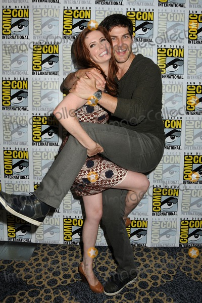 bitsie tulloch and david giuntoli dating More from entertainment tonight: couple bitsie tulloch and david giuntoli showed off the engagement ring for the first time in public a.
