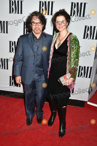 Aimee Oates, John Oates, Anouk Aimé Photo - 04 November 2014 - Nashville, Tennessee - John Oates, Aimee Oates. 62nd Annual BMI Country Awards, 2014 BMI Country Awards, held at BMI Music Row Headquarters. Photo Credit: Laura Farr/AdMedia