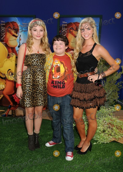 "Stefanie Scott, Alexandria Deberry, Aedin Mincks Photo - 27 August 2011 - Hollywood, California - Stefanie Scott, Aedin Mincks and Alexandria Deberry. ""The Lion King 3D"" Los Angeles Premiere held at The El Capitan Theatre. Photo Credit: Byron Purvis/AdMedia"