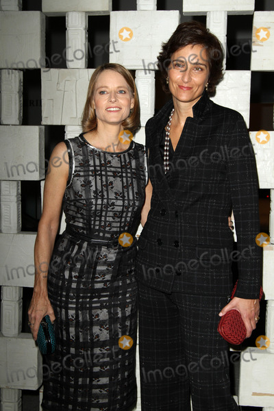 Alexandra Hedison, Jodi Foster, Jodie Foster, Jody Foster Photo - 8 October 2016 - Los Angeles, California - Jodie Foster and Alexandra Hedison. Hammer Museum Gala LA Event held at the Hammer Museum in Los Angeles. Photo Credit: AdMedia