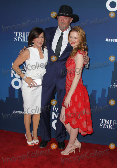 """Patricia Heaton, Sarah Drew, Trace Adkins, TCL Chinese Theatre Photo - 29 April 2014 - Hollywood, California - Patricia Heaton, Trace Adkins, Sarah Drew. """"Moms' Night Out"""" World Premiere held at the TCL Chinese Theatre. Photo Credit: F. Sadou/AdMedia"""