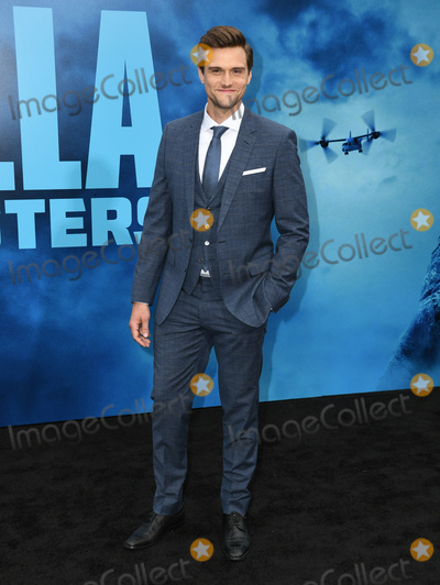 """Hartley Sawyer, TCL Chinese Theatre Photo - 18 May 2019 - Hollywood, California - Hartley Sawyer. """"Godzilla: King Of The Monsters"""" Los Angeles Premiere held at TCL Chinese Theatre. Photo Credit: Birdie Thompson/AdMedia"""