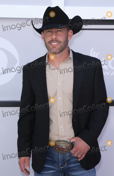 Aaron Watson Photo - 02 April 2017 - Las Vegas, Nevada -  Aaron Watson. 2017 Academy Of Country Music Awards held at T-Mobile Arena. Photo Credit: MJT/AdMedia