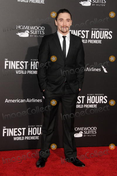 """Kyle Gallner, TCL Chinese Theatre Photo - 25 January 2016 - Hollywood, California - Kyle Gallner. """"The Finest Hours"""" Los Angeles Premiere held at the TCL Chinese Theatre IMAX. Photo Credit: Byron Purvis/AdMedia"""