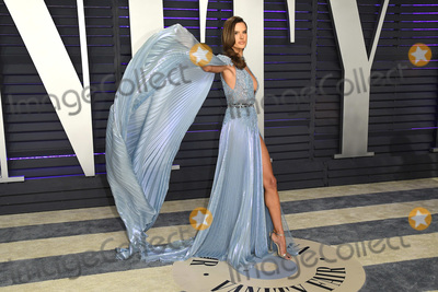 Alessandra Ambrosio, Wallis Annenberg Photo - 24 February 2019 - Los Angeles, California - Alessandra Ambrosio. 2019 Vanity Fair Oscar Party following the 91st Academy Awards held at the Wallis Annenberg Center for the Performing Arts. Photo Credit: Birdie Thompson/AdMedia