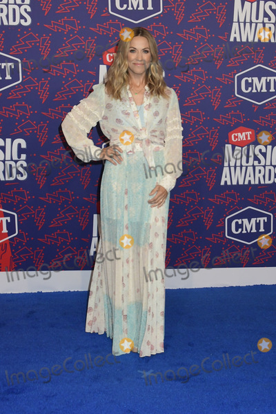 Sheryl Crow, Sheryl Crowe Photo - 05 June 2019 - Nashville, Tennessee - Sheryl Crow. 2019 CMT Music Awards held at Bridgestone Arena. Photo Credit: Dara-Michelle Farr/AdMedia