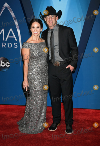 CMA Award, Aaron Watson Photo - 08 November 2017 - Nashville, Tennessee - Kimberly Watson, Aaron Watson. 51st Annual CMA Awards, Country Music's Biggest Night, held at Bridgestone Arena. Photo Credit: Laura Farr/AdMedia