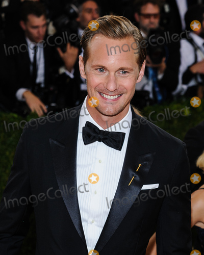 Alexander Skarsgrd, Christopher Smith Photo - 02 May 2016 - New York, New York - Alexander Skarsgrd.  Metropolitan Museum of Art Costume Institute Gala: Manus x Machina: Fashion in the Age of Technology. Photo Credit: Christopher Smith/AdMedia