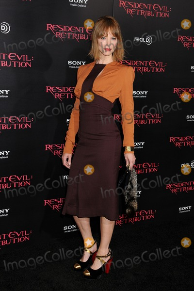 """Sienna Guillory Photo - 12 September 2012 - Los Angeles, California - Sienna Guillory. """"Resident Evil: Retribution"""" Los Angeles Premiere held at Regal Cinemas L.A. Live. Photo Credit: Byron Purvis/AdMedia"""