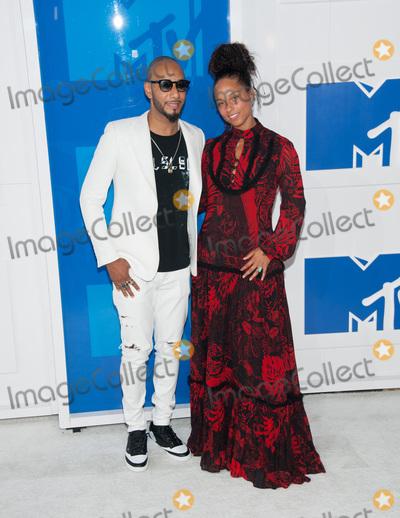 Alicia Keys, Swizz Beatz Photo - 28 August 2016 - New York, New York - Swizz Beatz, Alicia Keys.  2016 MTV Video Music Awards at Madison Square Garden. Photo Credit: Mario Santoro /AdMedia