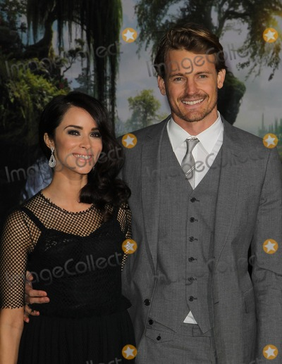 "Abigail Spencer, Josh Pence Photo - 13 February 2013 - Hollywood, California - Abigail Spencer, Josh Pence. ""OZ The Great And Powerful"" - Los Angeles Premiere Held At El Capitan Theatre. Photo Credit: Kevan Brooks/AdMedia"
