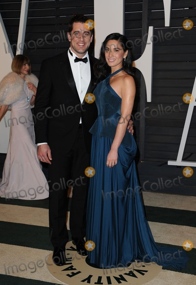Aaron Rodgers, Graydon Carter, olivia munn, Wallis Annenberg Photo - 22 February 2015 - Beverly Hills, Aaron Rodgers, Olivia Munn. 2015 Vanity Fair Oscar Party Hosted By Graydon Carter Held at Wallis Annenberg Center for the Performing Arts. Photo Credit: AdMedia