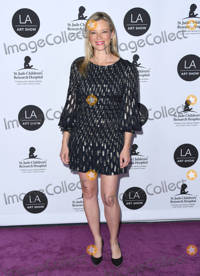 Amy Smart Photo - 23 January 2019 - Los Angeles, California - Amy Smart, Amy Oosterhouse. 24th Annual LA Art Show Opening Night Gala held at West Hall, Los Angeles Convention Center. Photo Credit: Birdie Thompson/AdMedia