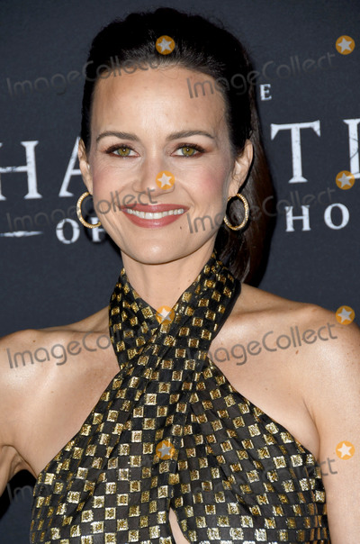 """Carla Gugino Photo - 08 October 2018 - Hollywood, California - Carla Gugino. """"The Haunting of Hill House"""" Los Angeles Premiere held at Arclight Hollywood  . Photo Credit: Birdie Thompson/AdMedia"""