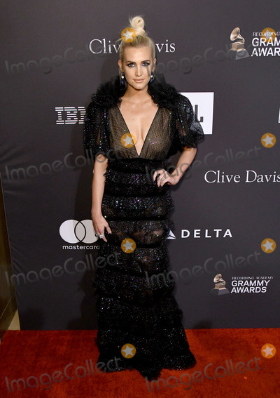 Ashlee Simpson, Clive Davis Photo - 09 February 2019 - Beverly Hills, California - Ashlee Simpson. The Recording Academy And Clive Davis' 2019 Pre-GRAMMY Gala held at the Beverly Hilton Hotel. Photo Credit: Birdie Thompson/AdMedia
