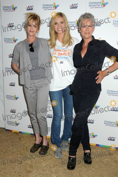 Heidi Klum, Jamie Lee Curtis, Melanie Griffith, Melanie Griffiths, Jamie Lee, Jamie Salé Photo - 30 April 2011 - Los Angeles, California - Melanie Griffith, Heidi Klum and Jamie Lee Curtis. Children's Hospital Los Angeles 5K Walk held at Griffith Park. Photo: Byron Purvis/AdMedia