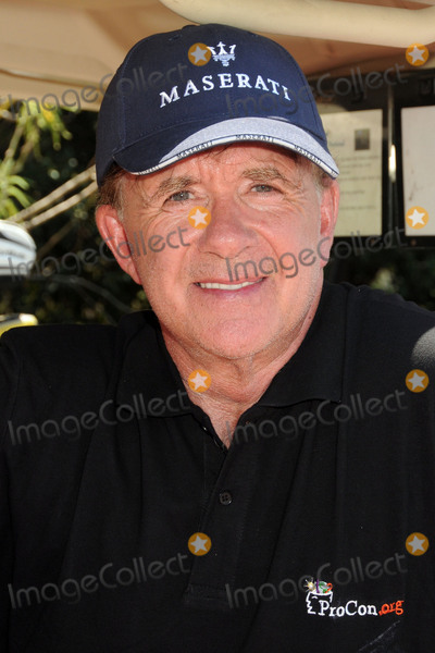 Alan Thicke, Eric Dickerson Photo - 24 July 2015 - Sunland, California - Alan Thicke. Eric Dickerson 2nd Annual Hall of Fame Golf Invitational held at Angeles National Golf Club. Photo Credit: Byron Purvis/AdMedia