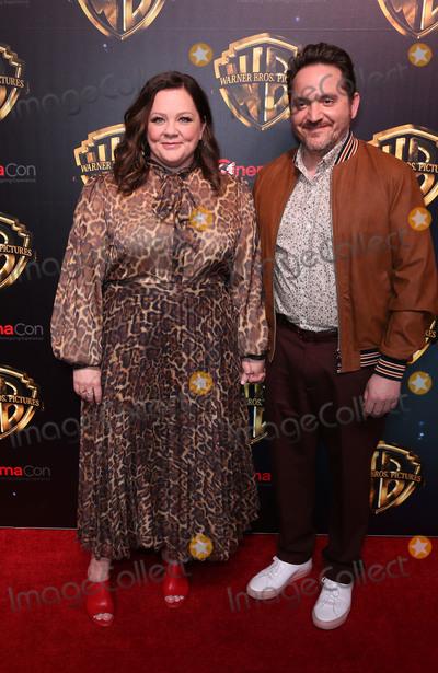 Ben Falcone Photo - 02 April 2019 - Las Vegas, NV - Melissa McCarthy, Ben Falcone. 2019 CinemaCon WB Studio Presentation Red Carpet at Caesars Palace. Photo Credit: MJT/AdMedia