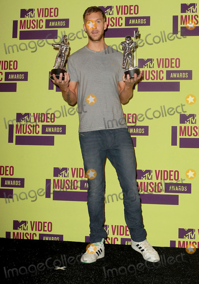 Calvin Harris Photo - 6 September 2012 - Los Angeles, California - Calvin Harris. 2012 MTV Video Music Awards held at Staples Center. Photo Credit: Kevan Brooks/AdMedia