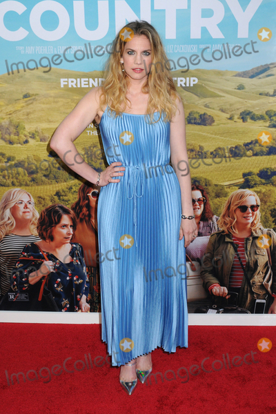"""Anna Chlumsky, Anna Maria Perez de Taglé Photo - Anna Chlumsky at the World Premiere of """"WINE COUNTRY"""" at the Paris Theater in New York, New York , USA, 08 May 2019"""