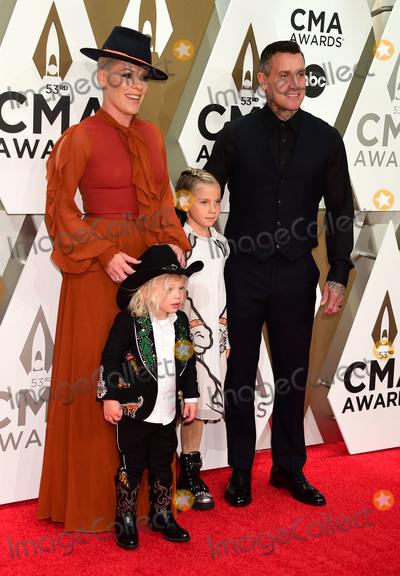 Carey Hart, CMA Award Photo - 13 November 2019 - Nashville, Tennessee - Jameson Hart, Willow Hart, P!nk and Carey Hart. 53rd Annual CMA Awards, Country Music's Biggest Night, held at Music City Center. Photo Credit: Laura Farr/AdMedia