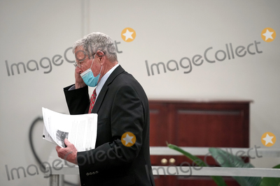 Trump Impeachment, Donald Trump Photo - Sen. James Inhofe (R-Okla.) returns to the Capitol from a brief recess during the second day of the impeachment trial of former President Donald Trump on Wednesday, February 10, 2021.Credit: Greg Nash - Pool via CNP/AdMedia