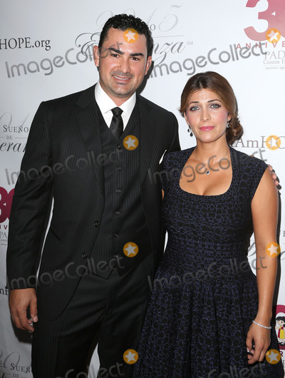 Adrian Gonzalez Photo - 17 September 2015 - Hollywood, California - Adrian Gonzalez, Betsy Gonzalez