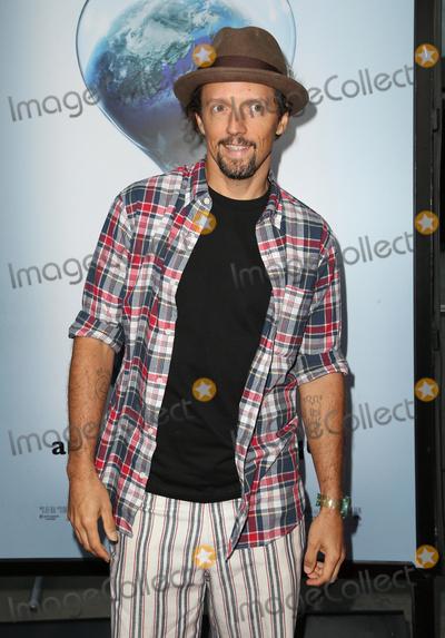 "Jason Mraz Photo - 25 July 2017 - Hollywood, California - Jason Mraz. ""An Inconvenient Sequel: Truth To Power"" Los Angeles Premiere held at ArcLight Hollywood. Photo Credit: F. Sadou/AdMedia"