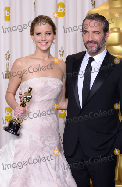 Jean Dujardin, Jennifer Lawrence Photo - 24 February 2013 - Hollywood, California - Jennifer Lawrence, Jean Dujardin. 85th Annual Academy Awards held at the Dolby Theatre at Hollywood & Highland Center. Photo Credit: Russ Elliot/AdMedia