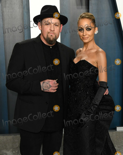 Joel Madden, Nicole Richie, Wallis Annenberg Photo - 09 February 2020 - Los Angeles, California - . 2020 Vanity Fair Oscar Party following the 92nd Academy Awards held at the Wallis Annenberg Center for the Performing Arts. Photo Credit: Birdie Thompson/AdMedia