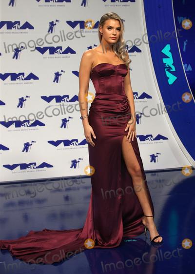 Alissa Violet Photo - 27 August 2017 - Los Angeles, California - Alissa Violet. 2017 MTV Video Music Awards held at The Forum. Photo Credit: F. Sadou/AdMedia