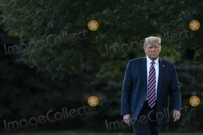 White House, The White Photo - United States President Donald J. Trump speaks to reporters as he departs the White House for a rally in Pennsylvania, on Tuesday, September 22, 2020 in Washington DC.       Credit: Sarah Silbiger / Pool via CNP/AdMedia