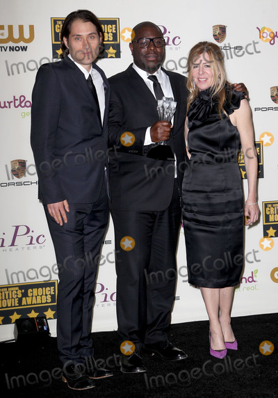Dede Gardner, Queen, Steve Mc Queen, Jeremy Kleiner Photo - 16 January 2014 - Santa Monica, California - Jeremy Kleiner, Steve McQueen, Dede Gardner. 19th Annual Critics' Choice Movie Awards held at Barker Hangar. Photo Credit: Kevan Brooks/AdMedia