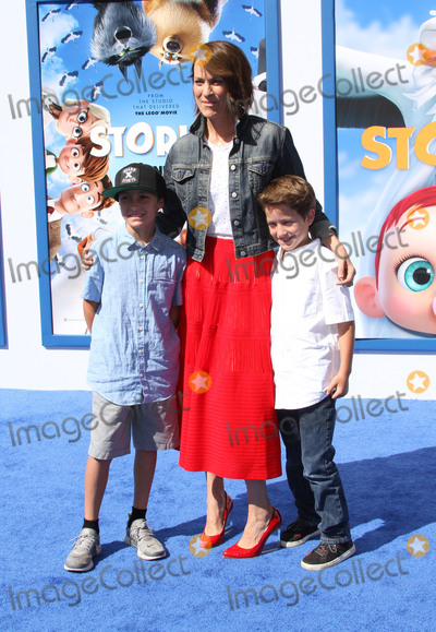 Alexander Allen, Annabeth Gish Photo - 17 September 2016 - Los Angeles, California - Annabeth Gish with sons Enzo Edward Allen and Cash Alexander Allen. Storks Los Angeles Premiere held at the Regency Village Theatre in Los Angeles. Photo Credit: AdMedia